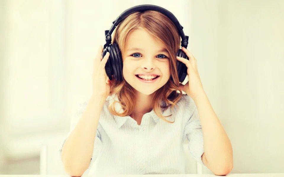 Τα 7 οφέλη της μουσικής στην ανάπτυξη των παιδιών